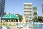 Hotel-via-pool-3