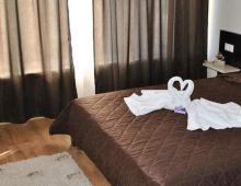 c_220_170_16777215_00_images_articles2_bulgaria_SVETIVLAS_VILLAANTORINIapart-hotel_2.jpg