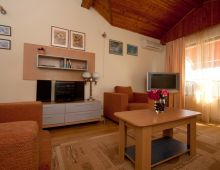 c_220_170_16777215_00_images_articles2_bulgaria_SVETIVLAS_VillaAniapart-hotel_3.jpg