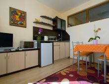 c_220_170_16777215_00_images_articles2_bulgaria_SVETIVLAS_VillaAniapart-hotel_5.jpg