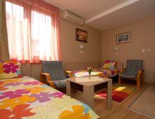 c_220_170_16777215_00_images_articles2_bulgaria_SVETIVLAS_VillaAniapart-hotel_9.jpg