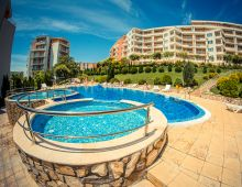 c_220_170_16777215_00_images_articles2_bulgaria_SunnyBeach_CROWNFORTCLUBapart-hotel_5.jpg