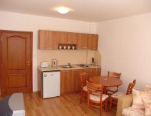 c_220_170_16777215_00_images_articles2_bulgaria_SunnyBeach_EFIR1apart-hotel_11.jpg