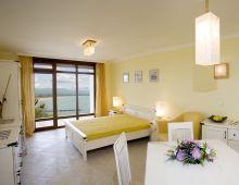 c_220_170_16777215_00_images_articles2_bulgaria_sozopol_SANTAMARINAapart-hotel_1.jpg